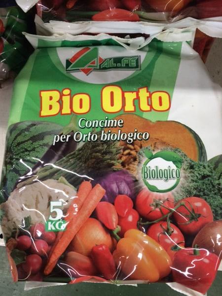 Fertilizzanti-per-olivo-e-pomodori-reggio-emilia